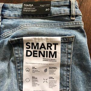 DL 1961 Jeans Mara 30